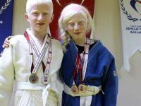 Sosyalleşmek için başladıkları judoda madalyaya uzandılar