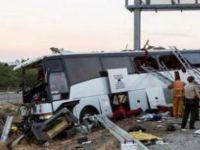 Haiti'de otobüs kalabalığın içine daldı: 34 ölü