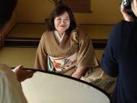Japonya'nın en yaşlı porno kraliçesi 80'inde emekliliğini açıkladı