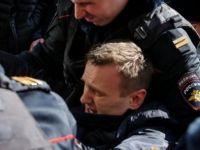 Rusya'da ana muhalefet lideri ve yüzlerce gösterici gözaltında