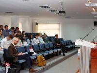 Dışişleri Bakanı Ertuğruloğlu Newcastle Üniversitesi heyetine brifing verdi
