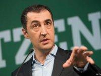 Almanya'da 14 Türk kökenli aday milletvekili seçildi