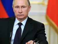 Putin: IŞİD Suriye'de aralarında ABD vatandaşlarının da olduğu 700 kişiyi rehin aldı