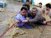 İran'da sel felaketi: 3 ölü, 12 kayıp