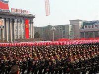 """Kuzey Kore """"Güneş Günü""""nde gövde gösterisi yaptı"""