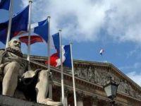 Fransa pazar günü sandık başına gidiyor