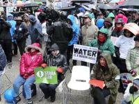iklim değişikliği yürüyüşü Trump protestosuna dönüştü