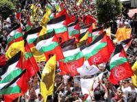 """Açlık grevi yapan Filistinliler için Batı Şeria'da """"genel grev"""""""