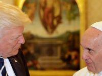 Trump ile Papa Vatikan'da bir araya geldi