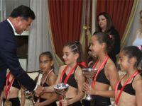 Başbakan Özgürgün, KKTC Çocuk Fitness Milli Takımı'nı kabul etti