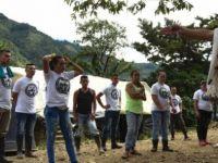 Kolombiya'da hükümet, silah bırakması için FARC'a ek süre verdi