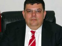 Berova: Girne'ye yeni okul yapılıyor