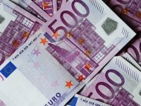 Euro, Sterlin ve Dolar'dan yeni rekor!