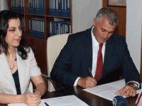 Başbakanlık ve AKÜN arasında protokol imzalandı