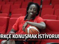 """Hollingsvorth; """"YDÜ ile basketbol kariyerimi yükselttim"""""""