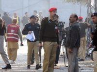 Pakistan'da çifte bombalı saldırı... En az 25 ölü...