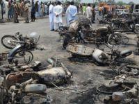 Pakistan'da petrol tankeri devrilip alev aldı: 122 kişi yaşamını yitirdi