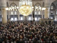 İslam dünyasında Ramazan Bayramı için iki ayrı tarih