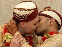 İngiltere'de ilk müslüman eşcinsel evliliği
