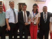 Ertuğruloğlu Kuzey Kıbrıs Kickboks Federasyonu'nu kabul etti