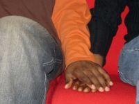 Nijerya'da eşcinsel erkeklere kitlesel gözaltı