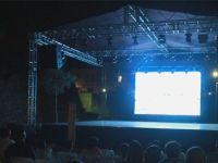 Çağlayan'da festival açık hava sineması ile başladı