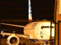 Manchester-Larnaka uçağı İzmir'e iniş yaptı!