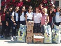 Yakın Doğu Koleji öğrencileri, Lefkoşa Hayvan Barınağını ziyaret etti
