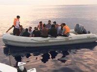Yenierenköy açıklarında 24 mülteci bulundu