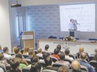 """YDÜ'nün """"100 Türk Bilim İnsanı Konferans Dizisi"""" devam ediyor"""