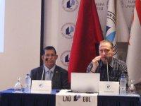 """LAÜ'de """"Paramedik Mesleğinin Tarihsel Gelişimi"""" konulu konferans"""