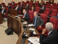 Seçim ve Halkoylaması Değişiklik Yasası kabul edildi