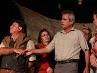 """""""Nor Betmez"""" oyunu Cuma akşamı Lefkoşa'da sahnelendi"""