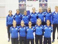 LAÜ Bayan Voleybol Takımı yenilgisiz lige devam ediyor