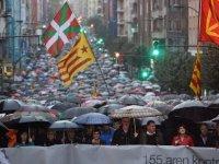 Bask parlamentosu Katalonya'nın bağımsızlığını tanımadı