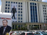 AK Parti'nin 2 il başkanı istifa etti