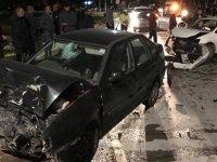 Okul içinde kaza: 2 kişi yaralandı