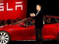 Elon Musk insanlığın hayatta kalma şansını açıkladı
