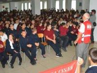 YDÜ'de Kızılay Haftası çeşitli etkinliklerle kutlandı