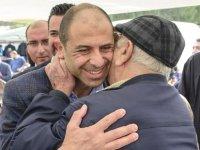 Özersay Lefkoşa'da vatandaşlarla bir araya geldi