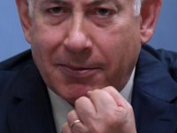 Yolsuzlukla suçlanan Netanyahu bir kez daha ifade verdi