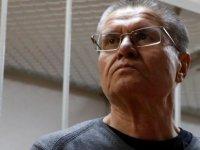 Rusya'da rüşvetten suçlu bulunan eski bakana sekiz yıl hapis