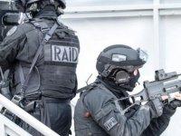 Fransa 12 bin 'radikal dinciyi' fişledi