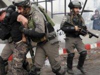 İsrail üç Türk vatandaşını gözaltına aldı