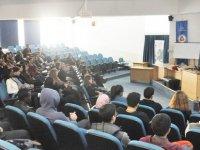 """""""Bulut Teknolojileri ve Bilgi Teknolojileri Kariyeri"""" konulu seminer"""