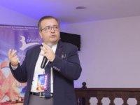 YDÜ Öğretim üyesi Ahmet Sami Boşnak Cezayir'de kongreye katıldı.