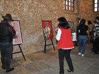Natia Chkheidze'in kişisel sergisi Girne belediyesi Sanat Galerisi'nde açıldı