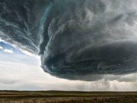 Bugün öğle saatlerinden sonra çok şiddetli fırtına bekleniyor