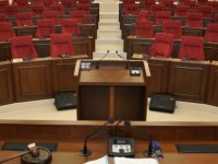 Meclis yarın milletvekillerinin ant içmesi gündemiyle toplanıyor