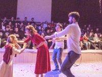 DAÜ Müzikal Topluluğu'ndan Shakespeare ziyafeti